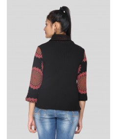 Solmon Scatter Roll on Neck Top